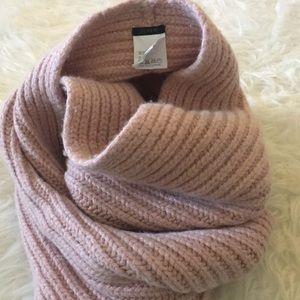 J crew knit infinity pretty pink scarf